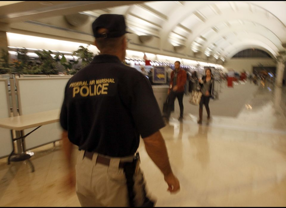 """Air marshals fly incognito to """"<a href=""""http://www.tsa.gov/lawenforcement/programs/fams.shtm"""" target=""""_hplink"""">detect, deter,"""