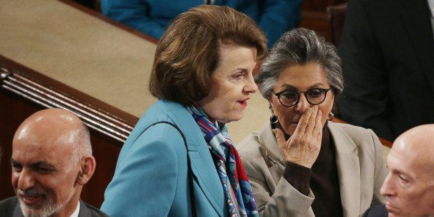 WASHINGTON, DC - MARCH 25:  Sen. Dianne Feinstein (D-CA) (C) and Sen. Barbara Boxer (D-CA) talk after an adress to a joint me