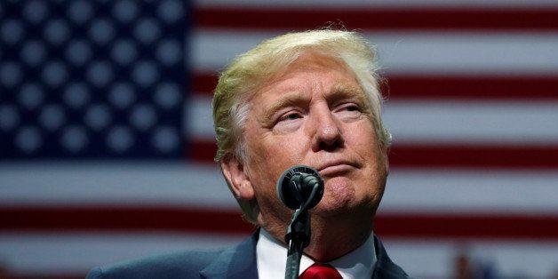 Republican presidential nominee Donald Trump attends a campaign event in Hershey, Pennsylvania, U.S. November 4, 2016.   REUT