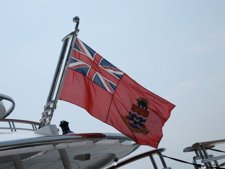 com/photos/11080385@N05/2665995515/ Cayman Islands Flag. Uploaded by Smooth_O  | Date 2008-07-12 14:18 | Author http://www. f