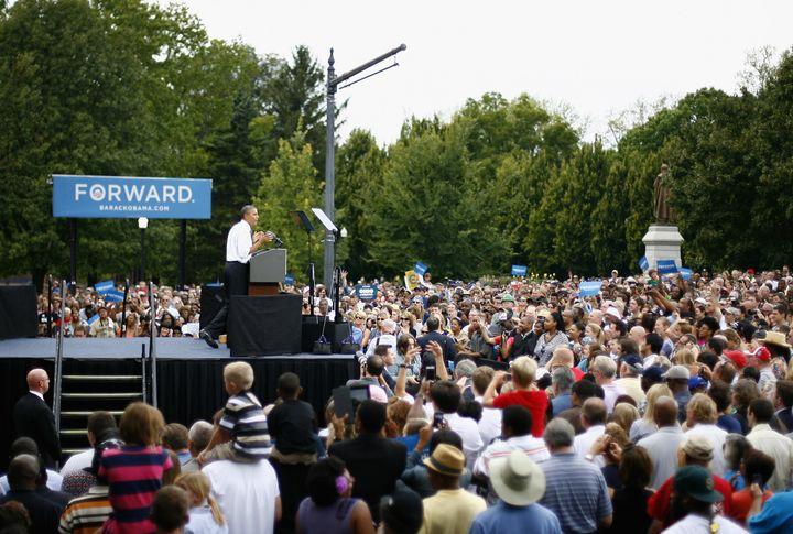 COLUMBUS, OH - SEPTEMBER 17:  U.S. President Barack Obama speaks to supporters on September 17, 2012 in Columbus, Ohio.  Pres