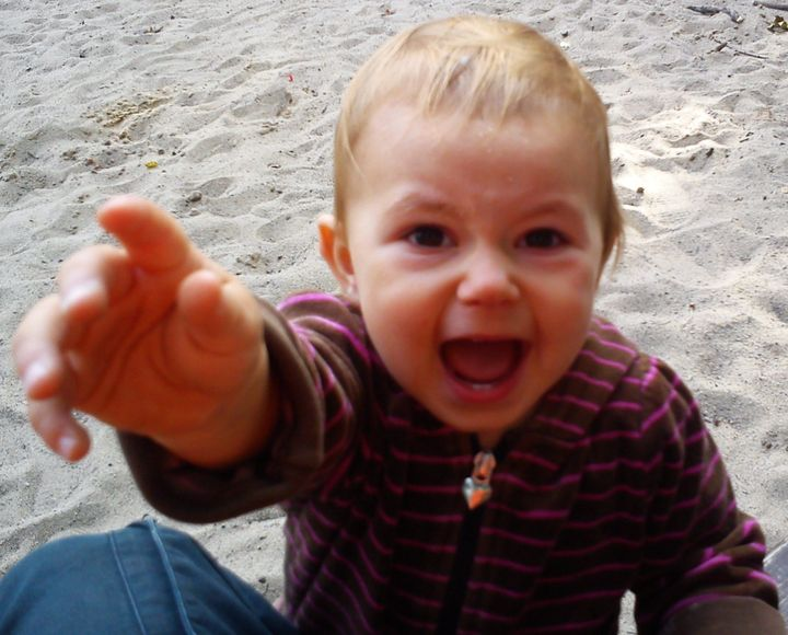 1 Child during the rebellion two years old.  Visible extreme emotions.    date 2012-08-26 16:41:03   source   author MOs810