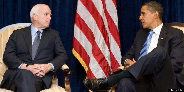 US President-elect Barack Obama (R) meets with former Republican presidential candidate Arizona Senator John McCain at Obama'