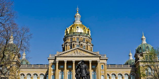 State Capitol Buillding, Des Moines, Iowa, built between 1871 and 1886 features a gold-leaf dome and corinthian columns