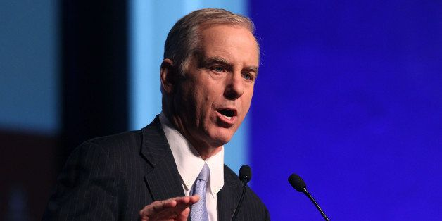 NATIONAL HARBOR, MD - DECEMBER 17:  Democratic National Committee Chairman, Howard Dean talks about health care reform at the