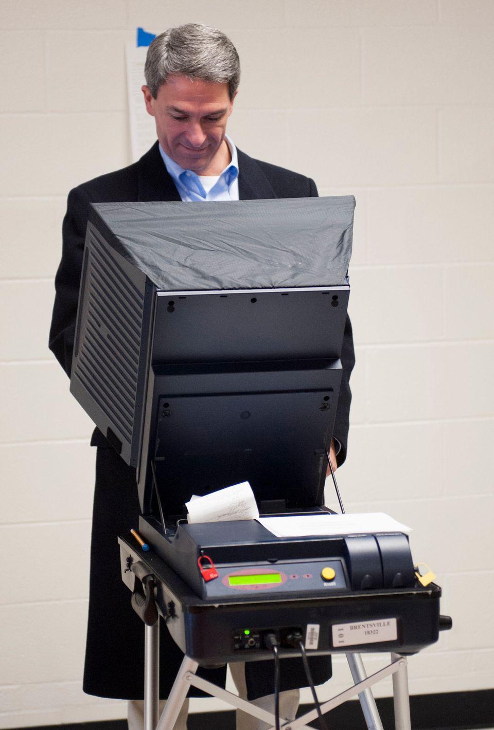 Virginia Republican gubernatorial candidate, Virginia Attorney General Ken Cuccinelli, votes at Brentsville District High Sch