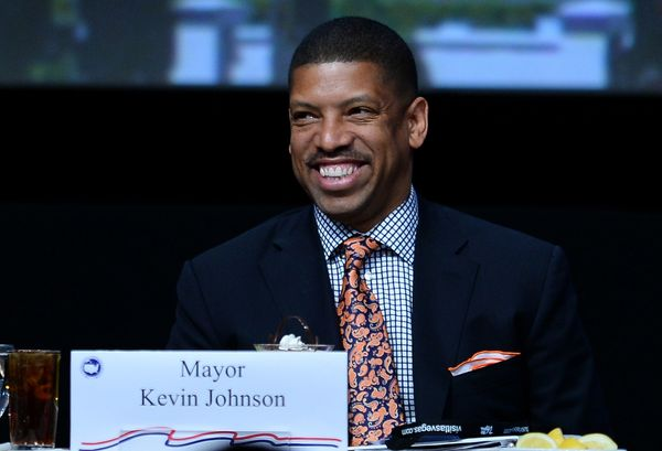 "Kevin Johnson, the mayor of Sacramento, Calif., has made splashes in the education world through his <a href=""http://www.stho"