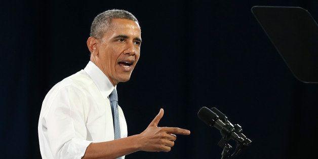 SAN FRANCISCO, CA - NOVEMBER 25:  U.S. President Barack Obama speaks at the Betty Ann Ong Chinese Recreation Center on Novemb