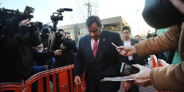 FORT LEE, NJ - JANUARY 09:  New Jersey Gov. Chris Christie enters the Borough Hall in Fort Lee to apologize to Mayor Mark Sok