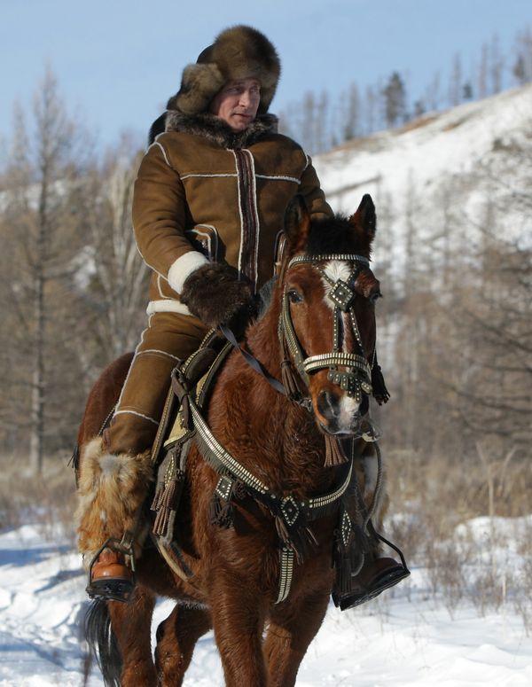 Otra foto a caballo. En las montañas de Karatash, cerca de Abakan, capital de Khakassia en Siberia. 25 de febrero del 2010.