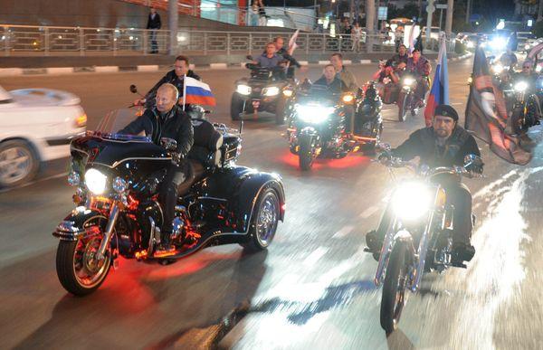 Las motos también.