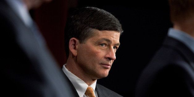 WASHINGTON - MARCH 31: Rep. Jeb Hensarling (R-TX) (R) listens during a news conference on Fannie Mae and Freddie Mac in the U