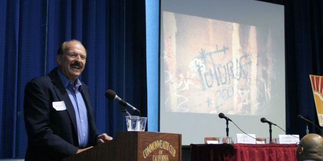 "Jim Prigoff is coauthor of <i><a href=""http://www.amazon.com/exec/obidos/tg/detail/-/050027469X/104-9577037-5937568?tag=thehu"