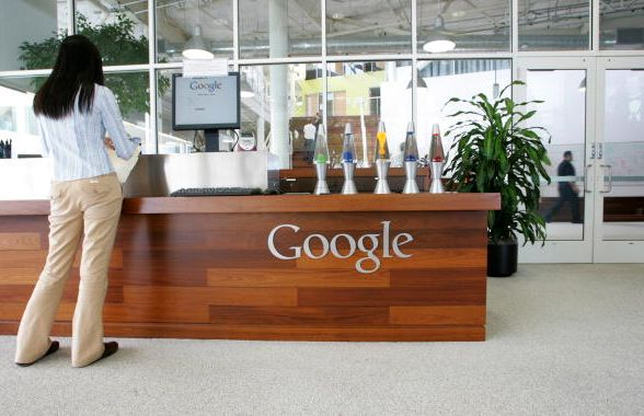 """<a href=""""http://www.google.com/about/careers/lifeatgoogle/"""" target=""""_blank"""">Working for the search engine at the googleplex s"""