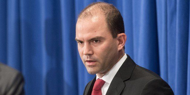 US Deputy National Security Adviser Ben Rhodes briefs the press at Martha's Vineyard, Massachusetts, on August 22, 2014.   AF