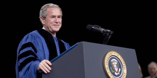 Latrobe, UNITED STATES: US President George W. Bush smiles as he delivers the commencement address 11 May 2007 at Saint Vince