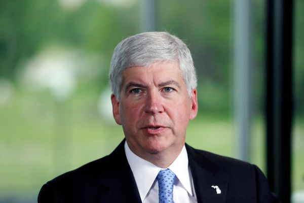 "Snyder has been <a href=""http://elections.huffingtonpost.com/pollster/2014-michigan-governor-snyder-vs-schauer"" target=""_blan"