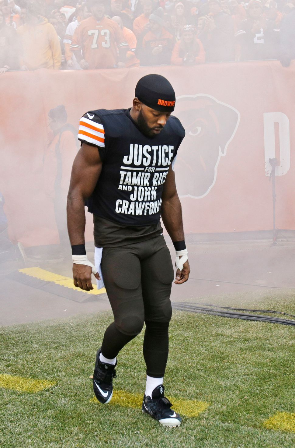 Cleveland Browns wide receiver Andrew Hawkins wears a shirt calling attention to two black Ohioans killed during encounters w
