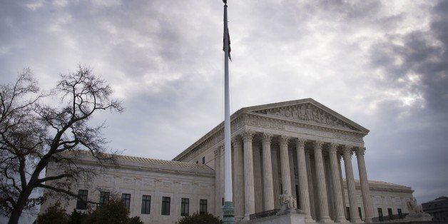 A general view of the US Supreme Court in Washington, DC, December 30, 2014.       AFP PHOTO/JIM WATSON        (Photo credit