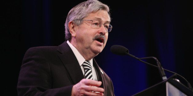 DES MOINES, IA - JANUARY 24:  Iowa Governor Terry Branstad speaks to guests  at the Iowa Freedom Summit on January 24, 2015 i