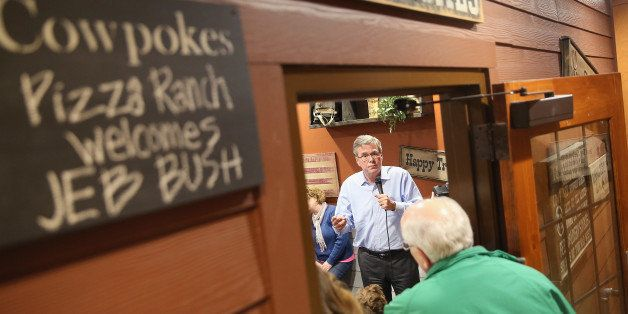 CEDAR RAPIDS, IA - MARCH 07:  Former Florida Governor Jeb Bush speaks to Iowa residents at a Pizza Ranch restaurant on March
