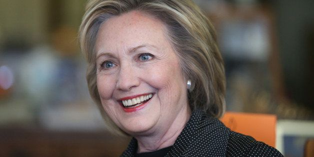 INDEPENDENCE , IA - MAY 19:  Democratic presidential hopeful and former Secretary of State Hillary Clinton visits Laree's The