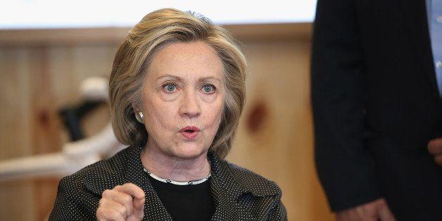 CEDAR FALLS, IA - MAY 19:  Democratic presidential hopeful and former Secretary of State Hillary Clinton hosts a small busine