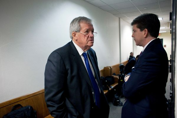 "Hastert was a history <a href=""http://www.roanoke.com/news/politics/wire/latest-on-dennis-hastert-he-spent-years-teaching/art"