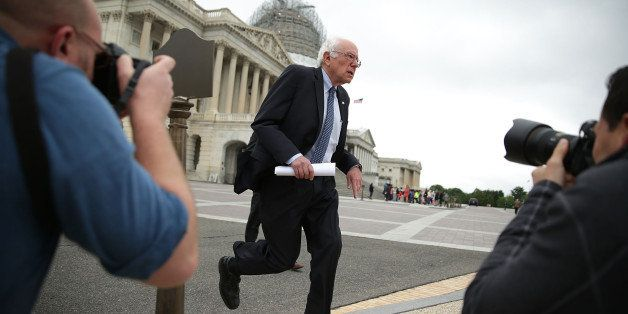 WASHINGTON, DC - JUNE 03:  Democratic presidential candidate and U.S. Sen. Bernie Sanders (I-VT) arrives at a news conference