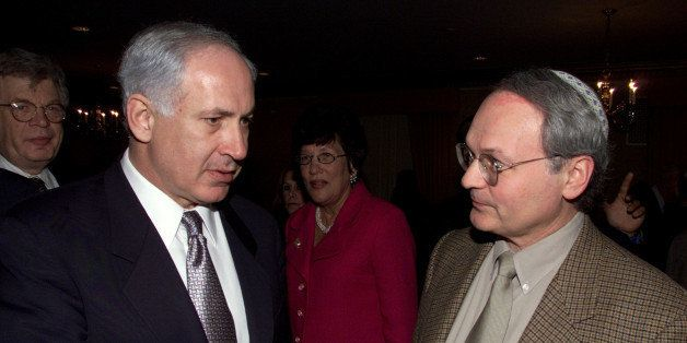 Former prime minister of Israel, Benjamin Netanyahu, left, speaks with National President of Zionist Organization of America,
