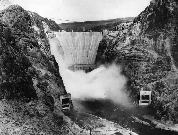 The Boulder Dam on the Arizona - Nevada border in 1936.