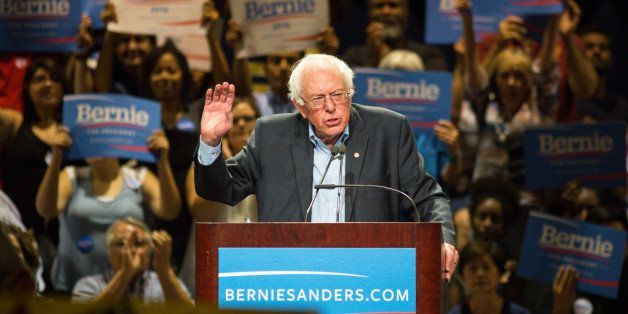 PHOENIX, AZ - JULY 18: U.S. Sen. Bernie Sanders (I-VT) speaks to the crowd at the Phoenix Convention Center July 18, 2015 in