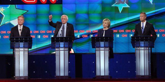 LAS VEGAS, NV - OCTOBER 13:  (L-R) Democratic presidential candidates Jim Webb, Sen. Bernie Sanders (I-VT), Hillary Clinton a