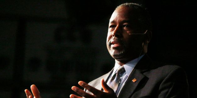 Republican presidential candidate Ben Carson makes a point during a campaign stop, Thursday, Oct. 29, 2015, in Lakewood, Colo