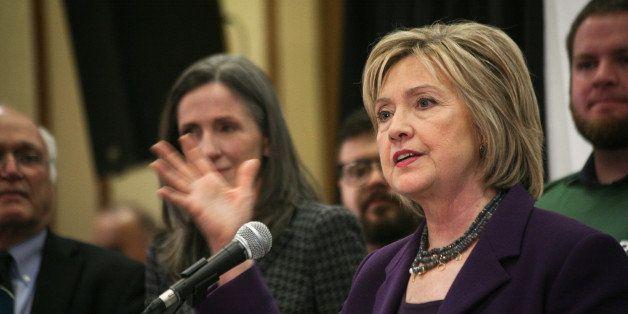 RADISSON NASHUA HOTEL, NASHUA, NH, UNITED STATES - 2015/11/09: Democratic presidential candidate Hillary Clinton addresses me