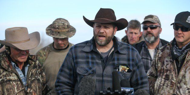 BURNS, OR - JANUARY 06: Ammon Bundy, the leader of an anti-government militia, speaks to members of the media in front of the