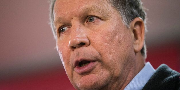 RAYMOND, NH - FEBRUARY 03:  Republican presidential candidate Ohio Governor John Kasich speaks at a town hall meeting on Febr