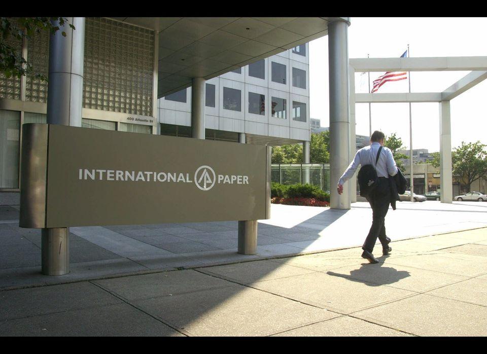 International Paper CEO John Faraci made $12.3 million last year, as his company scored a $249 million federal tax refund des
