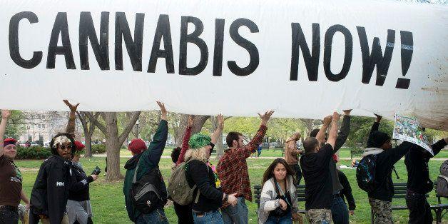 WASHINGTON  DC APRIL 02:  Hundreds of advocates for marijuana legalization rally and smoke pot outside the White House in Wa