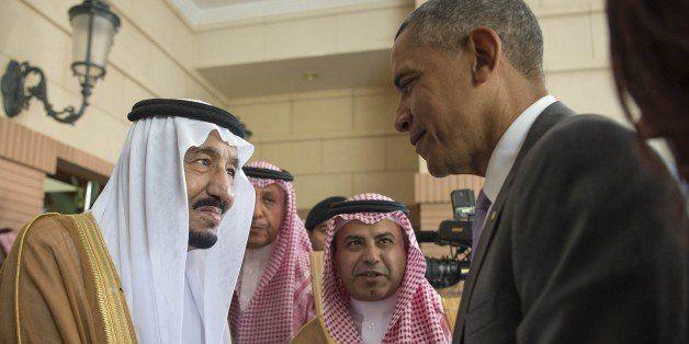 RIYAD, SAUDI ARABIA - APRIL 20:  US President Barack Obama (R) shakes hands with Saudi King Salman bin Abdulaziz Al Saud at E
