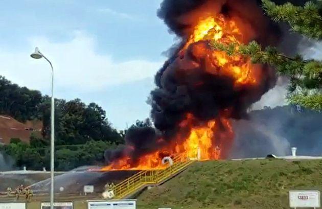 고양시 저유소탱크가 폭발해 대형 화재가