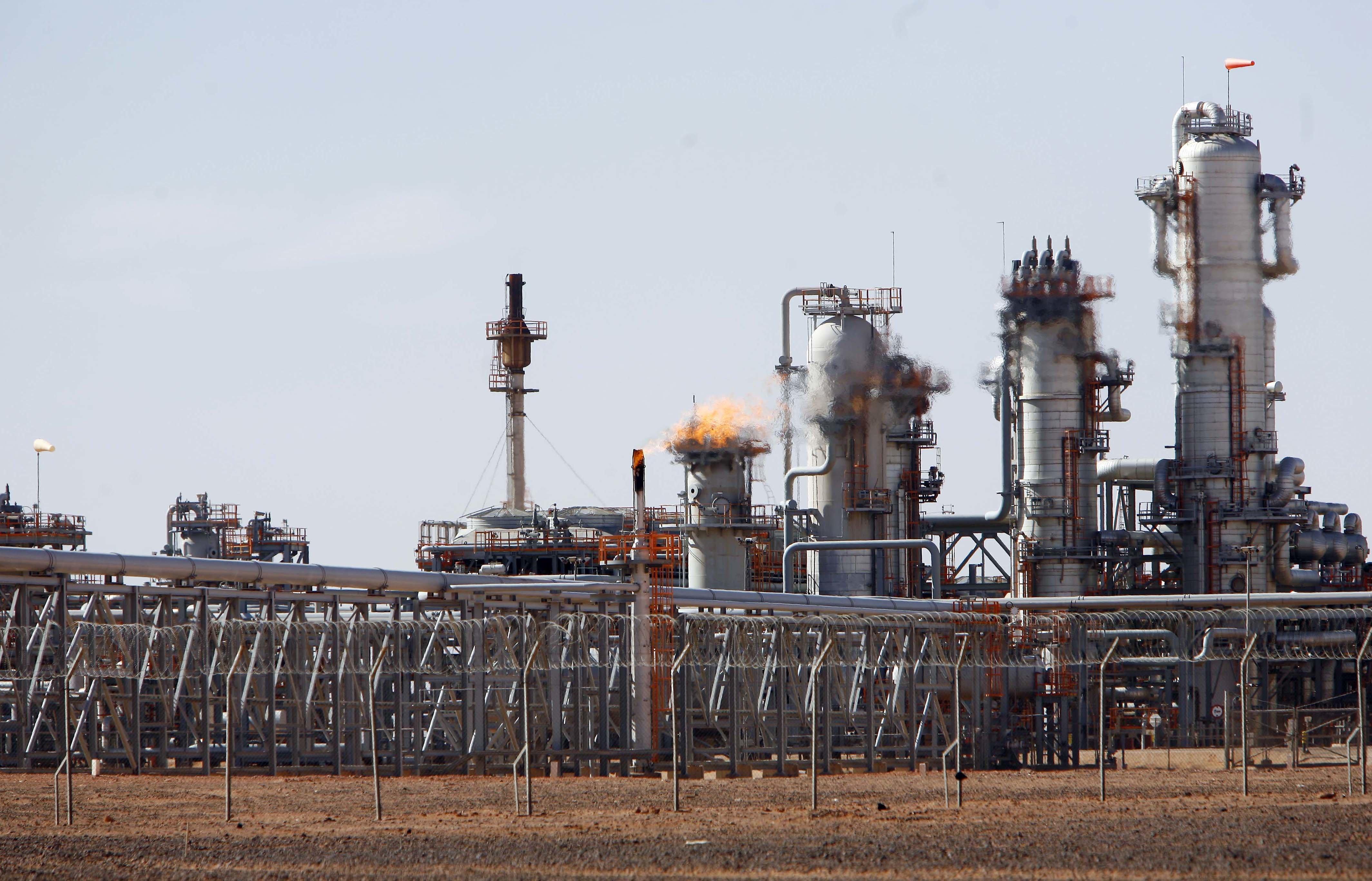Hydrocarbures : deux contrats de coopération entre Sonatrach et