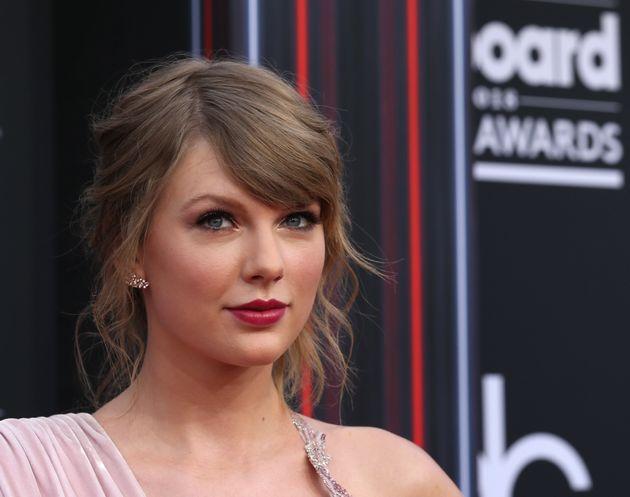 Taylor Swift expresa su opinión política y apoya a un candidato