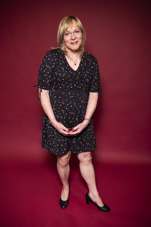 Wendy Cole verbrachte ihre Tage im Keller – dort zog sie sich manchmal Kleider an. Sich wieder...