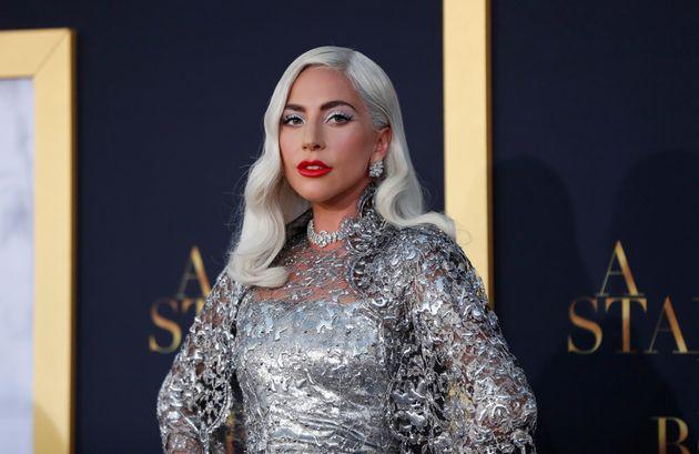 Αγνώριστη η Lady Gaga στο εξώφυλλο του New York