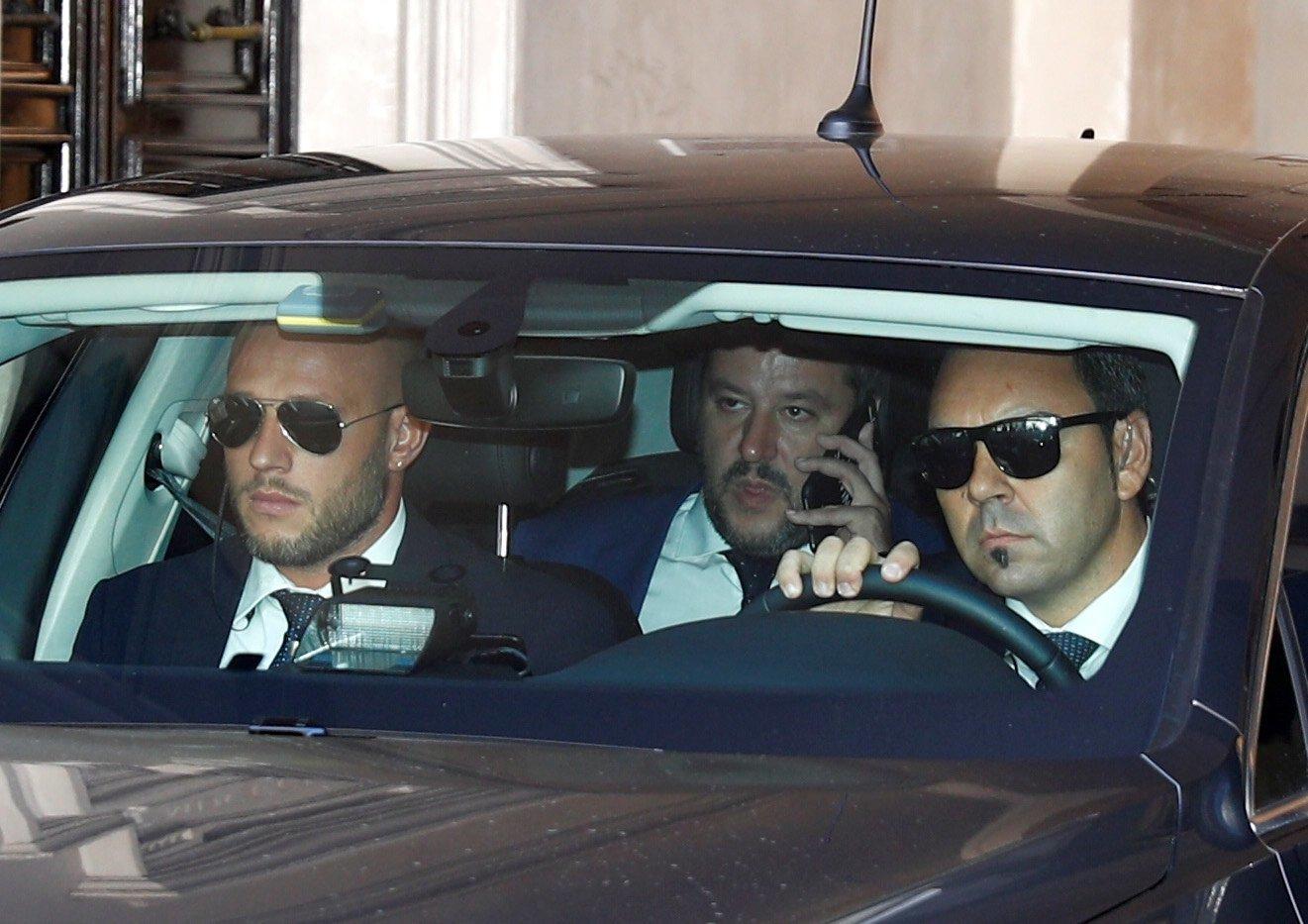 Νέο sell off στο Χρηματιστήριο ενώ ο Σαλβίνι κήρυξε πόλεμο στην Κομισιόν