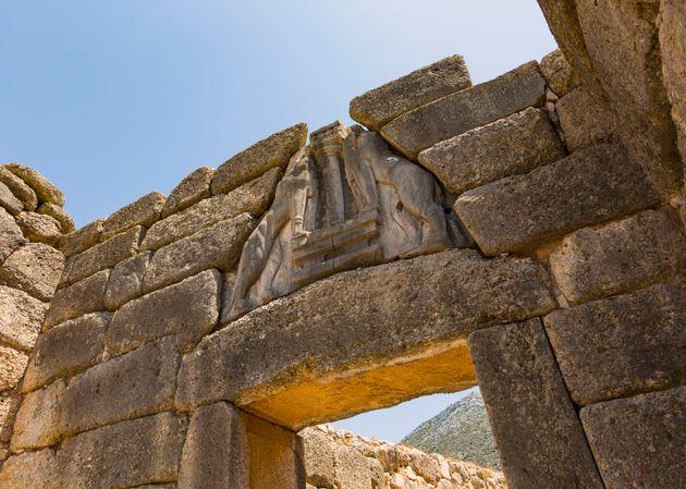 Πώς τα τείχη επηρέασαν την εξέλιξη του