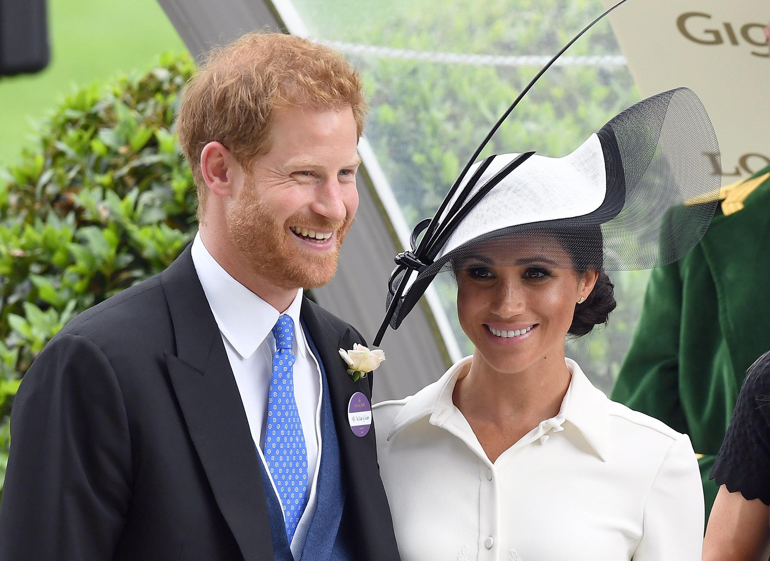 Οι δυσοίωνες προβλέψεις του μέντιουμ της Νταιάνα για τον γάμο του πρίγκιπα Χάρι με την Μέγκαν