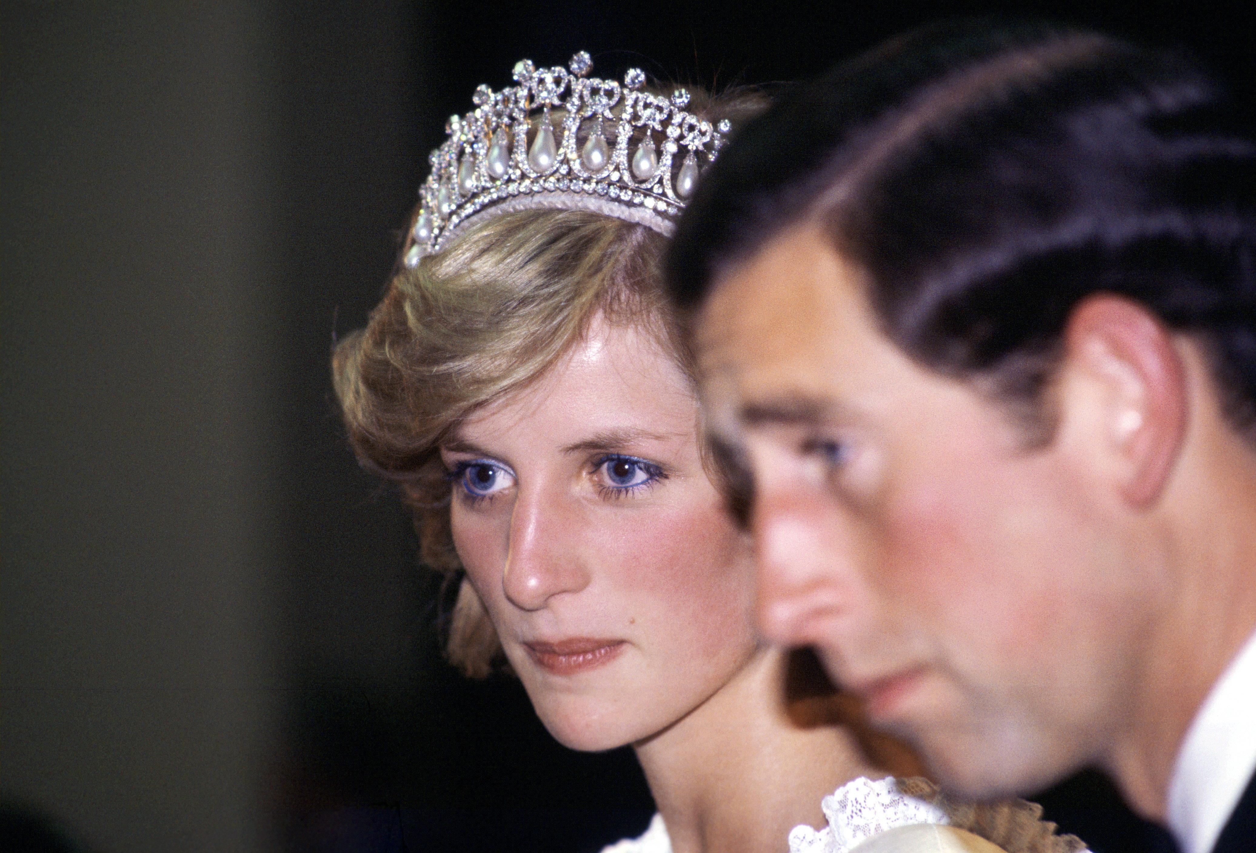 Royals: So fand Lady Di heraus, dass Prinz Charles eine Affäre