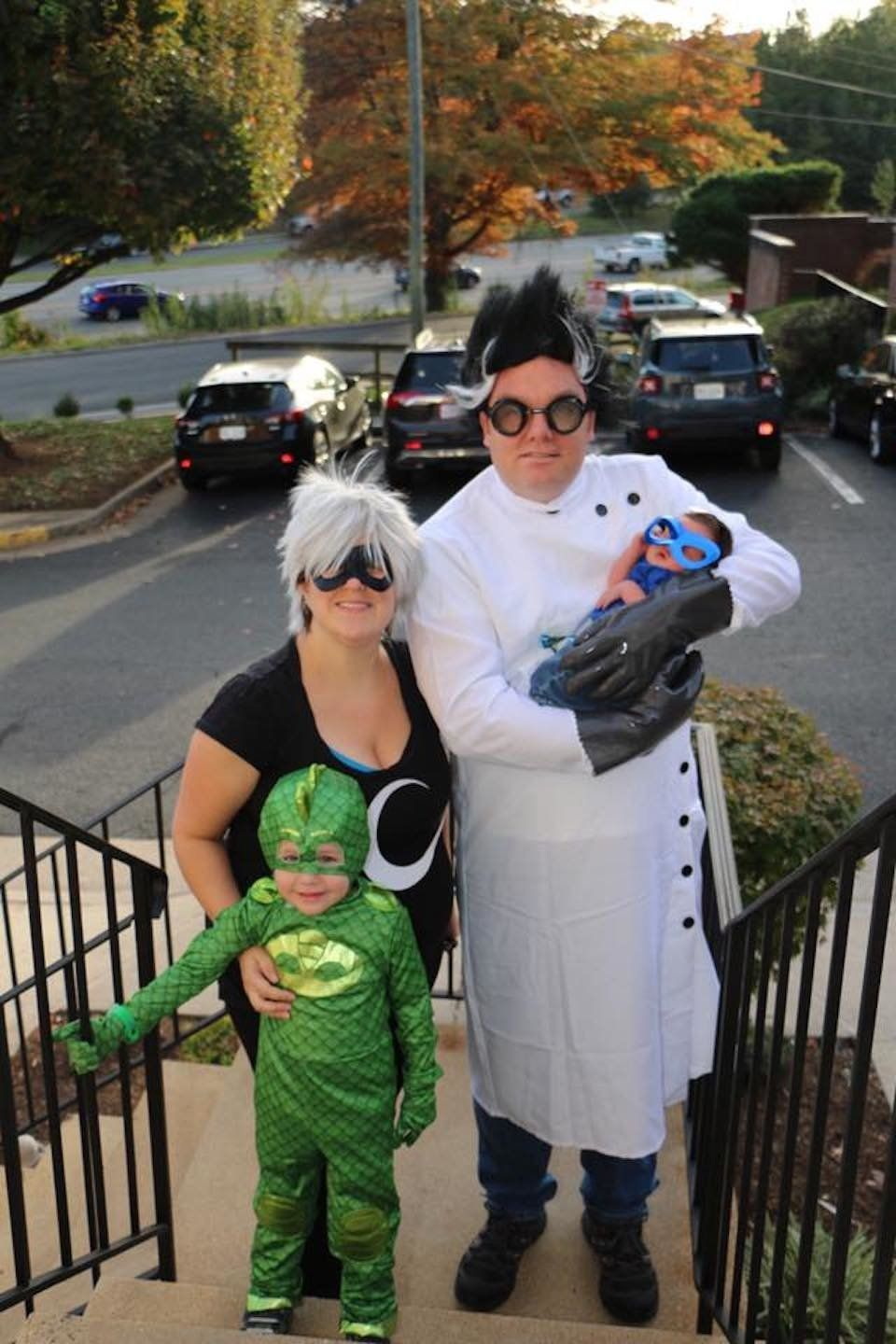 Best Group Halloween Costumes For Work.59 Family Halloween Costumes That Are Clever Cool And Extra